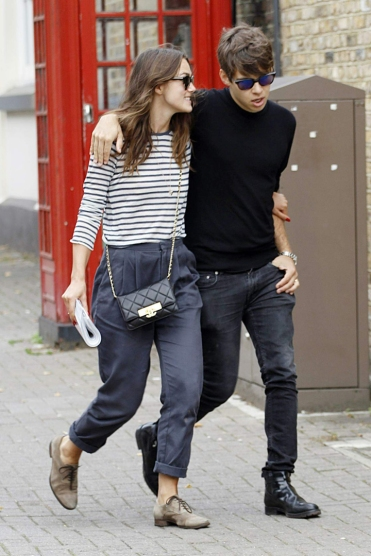 keira-knightley-husband-james-righton-shopping-in-north-london-_4