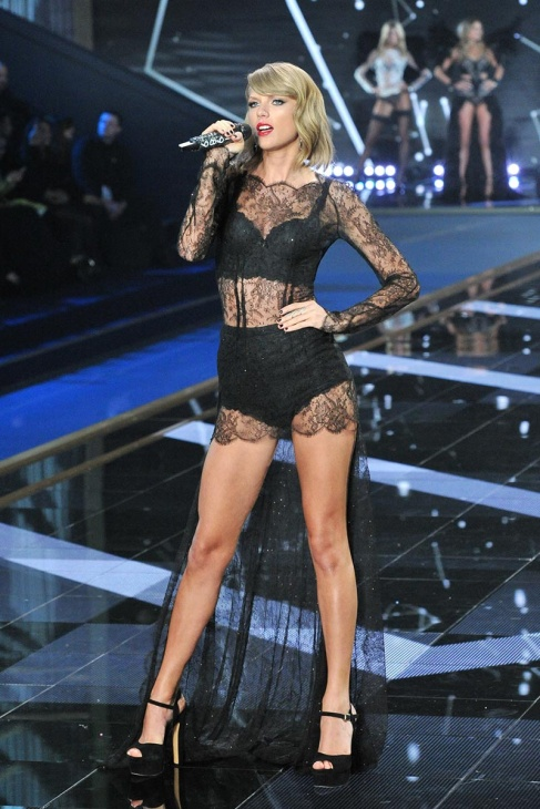 desfile_victoria_secret_2014_londres_104643083_800x