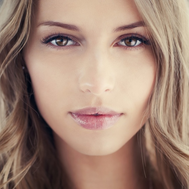 Maluma-Cosmetics-maquillaje-natural