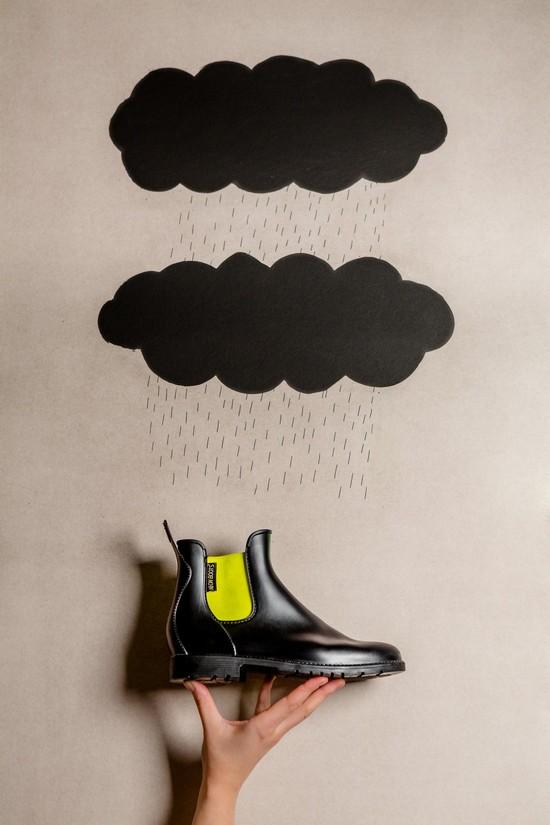 Neon_Boots_Lookbook_AW_1415_-_12