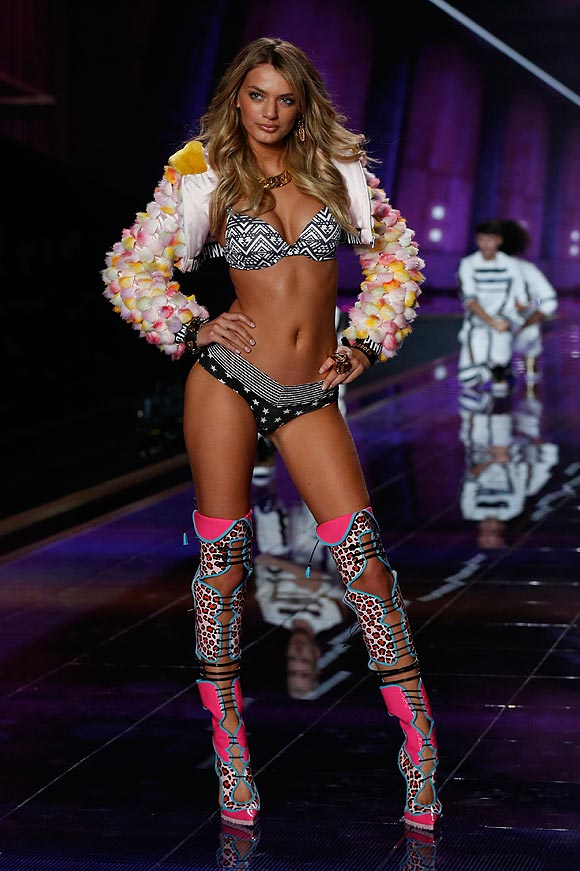 victorias_secret_fashion_show_2014_4_07a