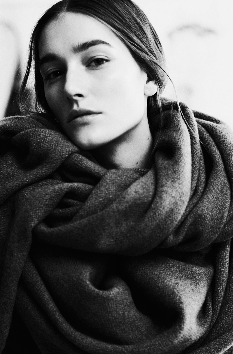 Christophe_Lemaire_15-Knit_Knot-Sonya_Rykiel_15-Trend_Alert-New_Scarf-12-bmodish