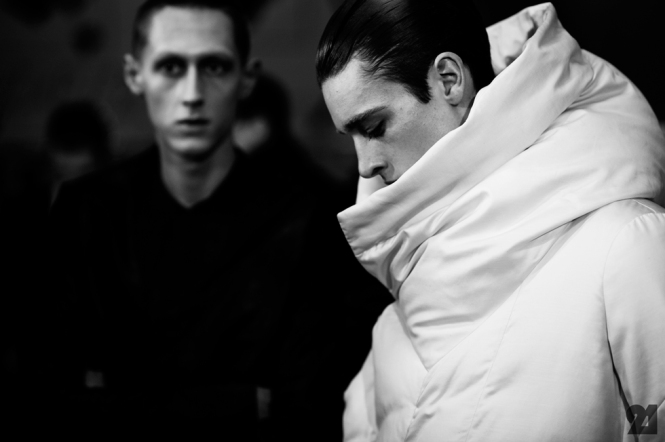 8974-Le-21eme-Adam-Katz-Sinding-Backstage-At-Julius-Paris-Mens-Fashion-Week-Fall-Winter-2015-2016_AKS5245