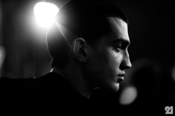 8975-Le-21eme-Adam-Katz-Sinding-Backstage-At-Julius-Paris-Mens-Fashion-Week-Fall-Winter-2015-2016_AKS4918
