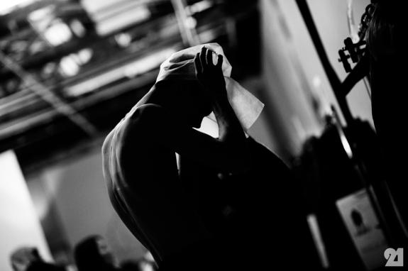 8984-Le-21eme-Adam-Katz-Sinding-Backstage-At-Julius-Paris-Mens-Fashion-Week-Fall-Winter-2015-2016_AKS4873