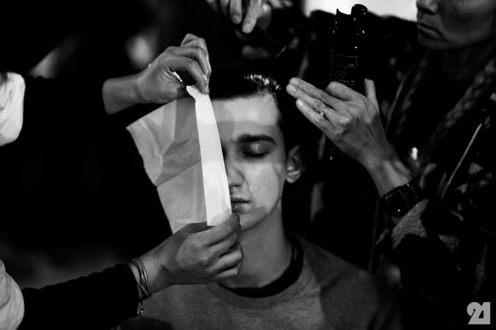 8985-Le-21eme-Adam-Katz-Sinding-Backstage-At-Julius-Paris-Mens-Fashion-Week-Fall-Winter-2015-2016_AKS5299