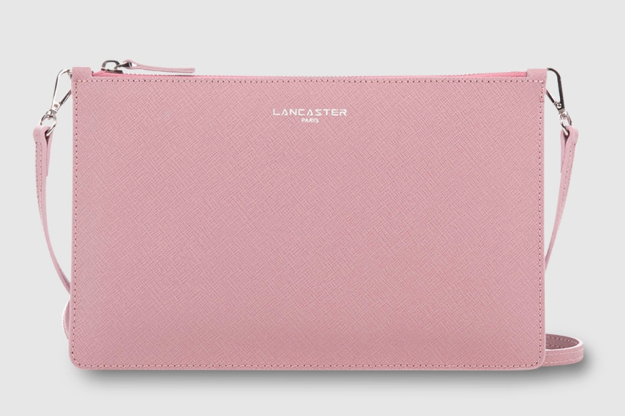 lancaster_pinkbag