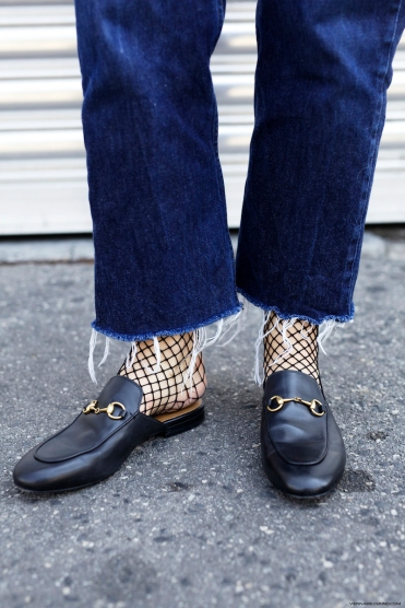 gucci-princetown-loafers-fishnet-socks-vienna-wedekind-1-kopie