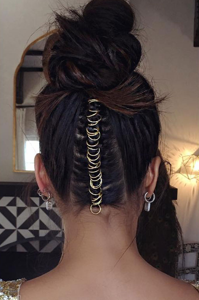 shay-mitchell-chris-appleton-hair-piercing