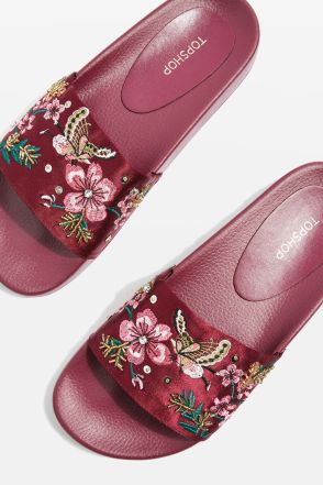 http://eu.topshop.com/en/tseu/product/new-in-this-week-2169943/new-in-fashion-6367516/hummingbird-embroidered-sliders-6824698?bi=40&ps=20
